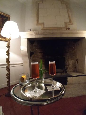 L'Hôtel Particulier living room featuring Kir Royals